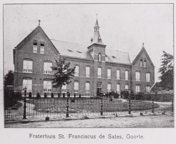 046445 - Fraterhuis St. Franciscus van Sales, Kloosterstraat 22.