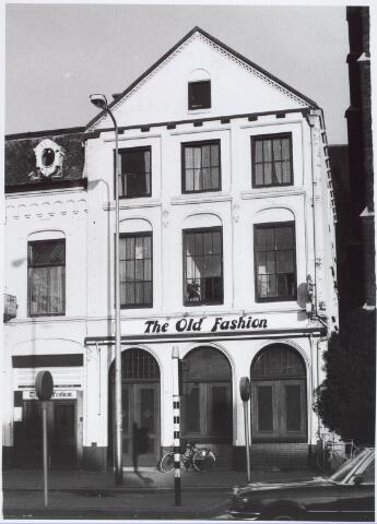 020930 - Café The old fashion aan de Heuvel eind 1980
