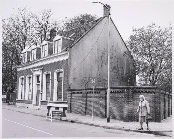 023140 - Pand St. Josephstraat 131 op de hoek met de Lancierstraat (rechts)