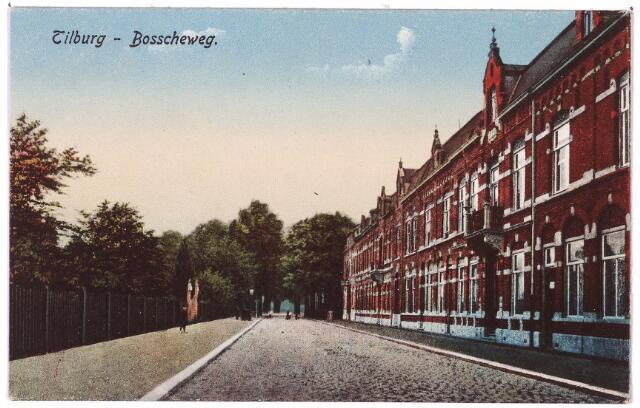 002667 - Bosscheweg, later Tivolistraat, in noord-oostelijke richting. LInks in het hek een poort die later, in het begin van de dertiger jaren, toegang gaf tot bloemenmagazijn 'Tivoli' met lunchroom en speeltuin, eigendom van de 'firma Fr. van der Boom & Zn.'. Het adres van dit bloemenmagazijn was Bosscheweg 101a, vanaf 1932 Bosscheweg 355. In het adresboek van 1948 is nog sprake van café Tivoli op het voornoemde adres. Verlofhouder was C.F. (Frans) van der Boom. Begin jaren vijftig wordt café Tivoli niet meer genoemd. Van der Boom werd geboren te Baarle-Nassau op 26 juli 1874 en was boomkweker van beroep. Hij was getrouwd met Johanna Maria Verdonk. Hij heeft nooit gewoond in café/bloemenmagazijn Tivoli. Hij woonde als bloemist aan de Heuvel en de Markt en verhuisde in 1938 naar het adres Telegraafstraat 14. Daar vierde hij in 1960 zijn 65-jarig huwelijksfeest.
