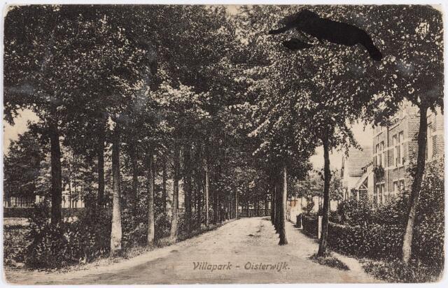 """057681 - Heusdense baan. Het villapark """"Hoog"""" Oisterwijk."""