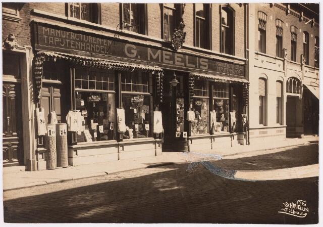 650583 - Schmidlin. De manufacturen- en tapijtenhandel van G. Meelis aan de Willem II-straat 96 en 96a, 1926.