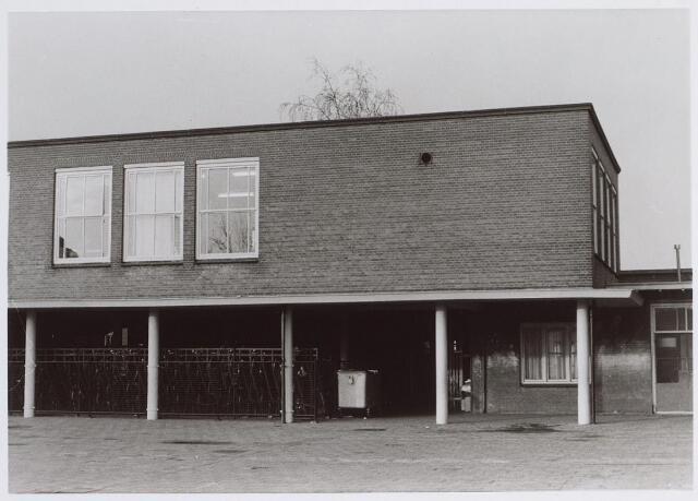 026518 - Binnenplaats van de school aan het Molenbochtplein