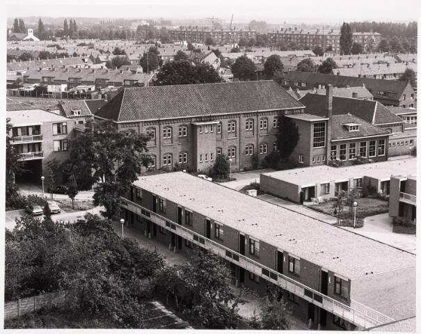 036483 - Panorama van Tilburg vanaf de kerktoren van de Korvelse kerk