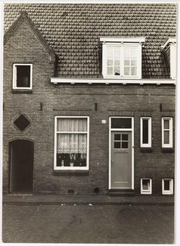 033845 - Voorgevel van het pand Veestraat 67