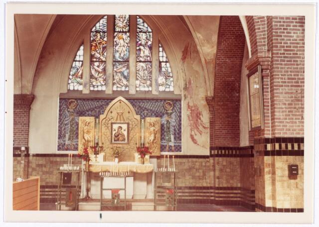 016564 - Zijaltaar in de kerk van de Heilige Familie, behorende tot de parochie Broekhoven II