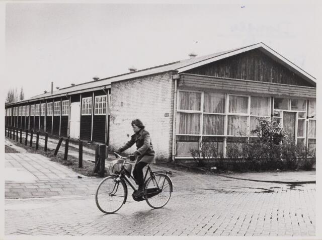 086177 - Schoenfabriek Prisma Shoes van firma van Boxel. Later is hierin de winkel in sanitaire benodigdheden van Broekhoven gevestigd.