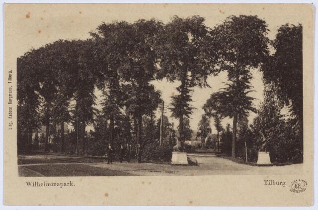 002831 - Ingang Wilhelminapark met herten.