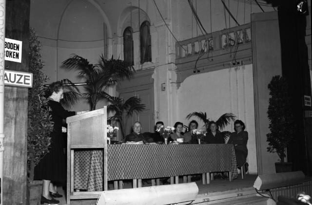 050712 - Vergadering Katholieke Arbeiders Vrouwenbeweging K.A.V. Tilburg