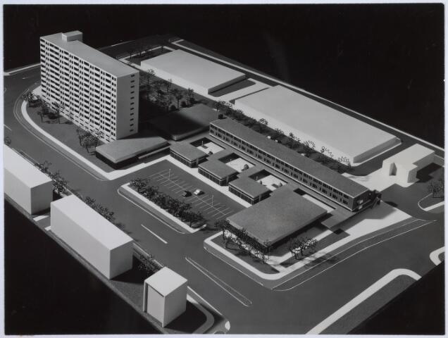 026269 - Maquette winkelcentrum in plan Wandelbos