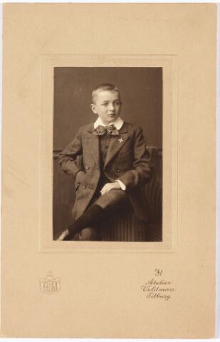 008029 - Vincent Verbunt geboren Tilburg 25 april 1899