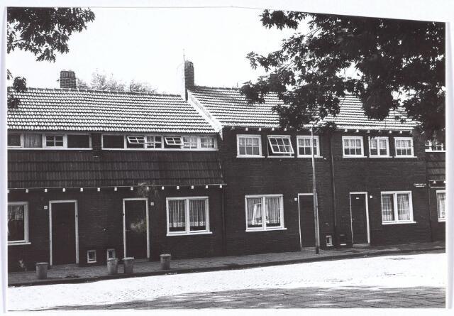 017389 - Panden Commelinplein 11, 12, 13 en 14 (van links naar rechts)