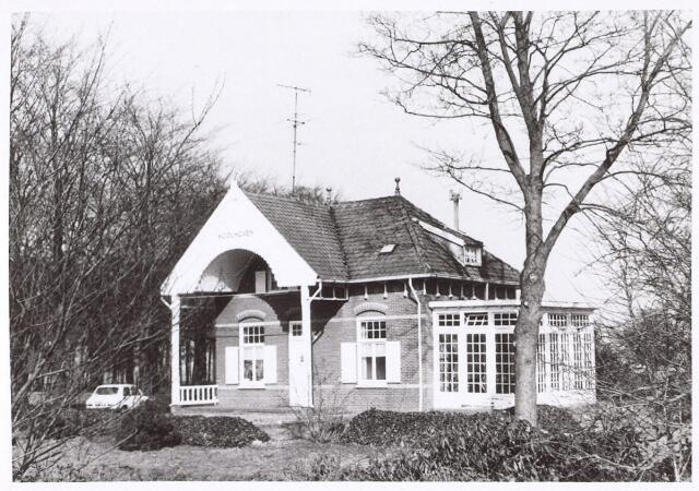 016300 - Villa Koolhoven aan de Bredaseweg anno 1971