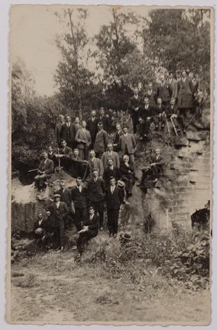 041223 - Landbouworganisaties. Boerenbonden. Excursie van de R.K. Jonge Boeren naar Valkenburg
