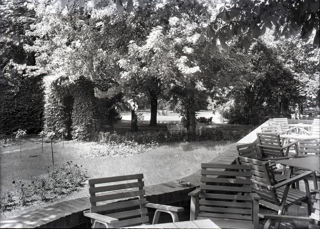 654886 - Tuin van restaurant Bremhorst.