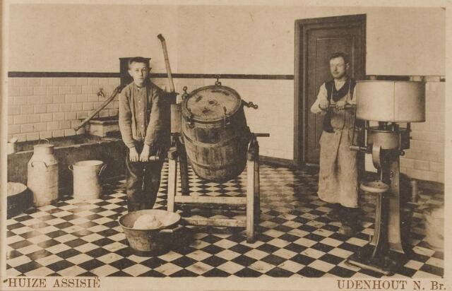 """078319 - Udenhout 1929: """"Huize Assisië"""". Gesticht voor mannelijke zwakzinnigen van den R.K. godsdienst. Karnen"""