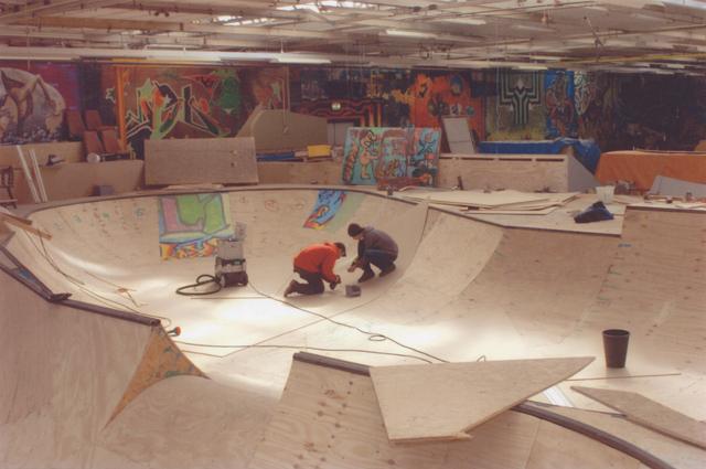 651230 - Mooi zo, Goed zo. Ladybird Skatepark in de Hall of Fame.