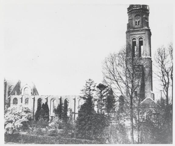 055456 - R.K. Laurentiuskerk na de brand op 9 mei 1917.