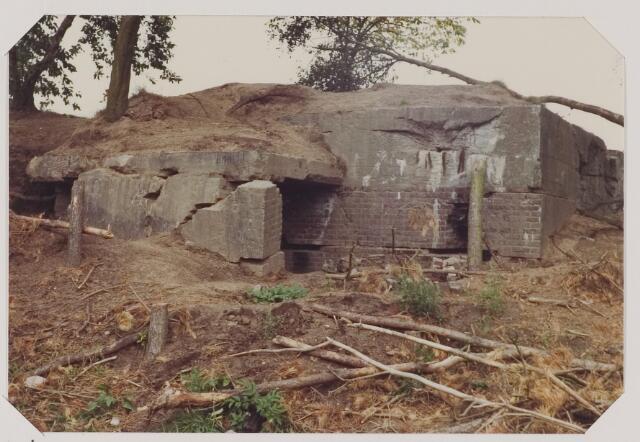 """083768 - WOII; WO2; Bunker Oisterwijkse heide """"De Kiek"""", gebouwd door de Duitsers in de Tweede Wereldoorlog"""