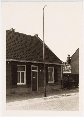 034056 - Voorgevel van het pand Jac. van Vollenhovenstraat 31