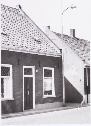 034426 - Lijnsheike 129; thans heet dit deel van de straat Von Weberstraat. De meeste huizen aan het Lijnsheike zijn inmiddels gesloopt.