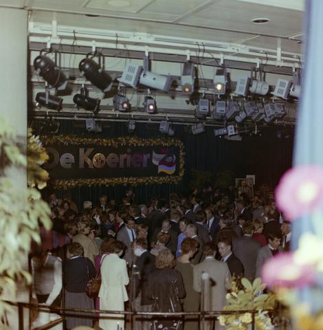 1237_011_821-2_002 - Media. Pers. Feest van de Tilburgse Koerier.