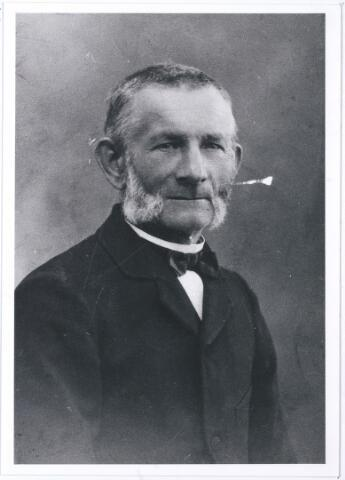 005484 - Jan Baptist REMMERS (1856-1933), wever, trouwde in 1881 met Maria Catharina Mommers.