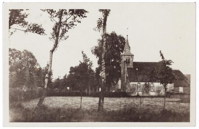 000668 - Zijaanzicht Hasseltse kapel.