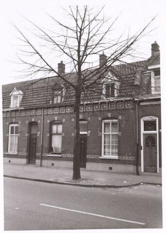 016547 - Panden aan de Broekhovenseweg anno 1978