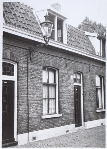 014911 - Pand Voorstraat 16. Het werd gesloopt voor de aanleg van de Besterdring.