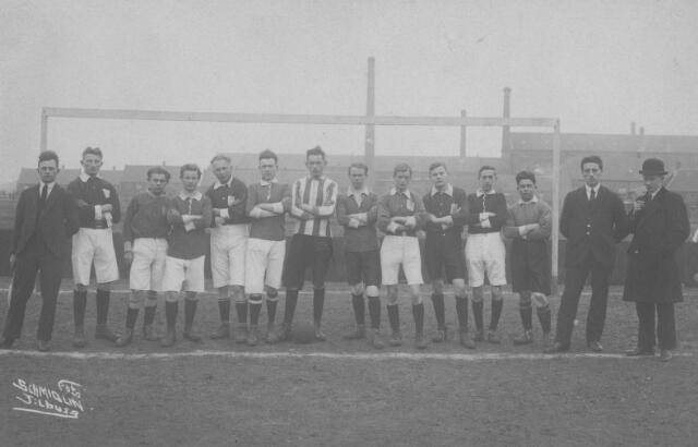 065758 - Voetbalvereniging Oranje-Wit