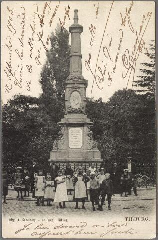 011029 - Gedenknaald voor koning Willem II op de hoek Monumentstraat-Paleisstraat.