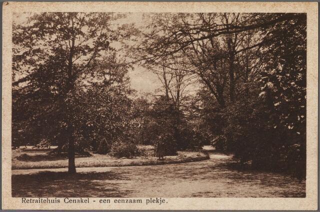 010436 - Koningshoeven, thans Kempenbaan. Eenzaam plekje in de tuin van het retraitehuis en klooster van O.L.V. van het Cenakel.
