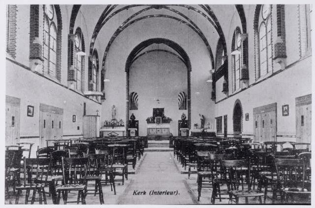 048618 - Kerkgebouw. Interieur van de kerk van de capucijnen in Biezenmortel omstreeks 1923