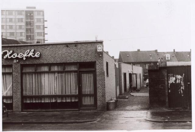 022382 - Bistro 't Hoefke in de Hoefstraat na de herbouw