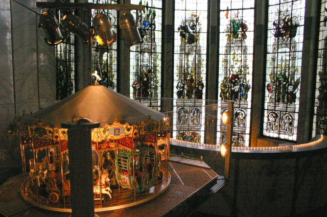 657114 - Tilburg Kermis. De kermis expo van stichting Kermis-Cultuur in het Paleis-Raadhuis in 2006. Hier is onder andere een miniatuur kermis te zien.
