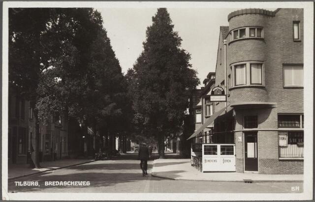 011009 - Bredaseweg, hoek Wilgenstraat.