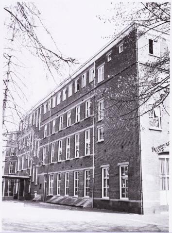 034918 - Jeugdzorg.Internaten. Achterzijde van het St. Josefhuis, naam later Maria Gorettihuis
