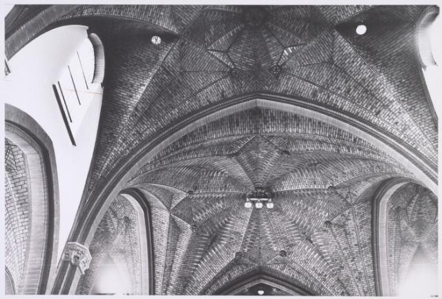 018053 - Gewelf in de kapel van het Ursulinenklooster aan de Elzenstraat
