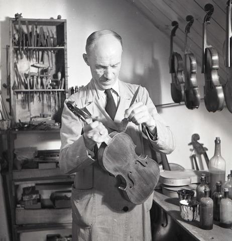 654508 - vioolbouwer Van Gorp