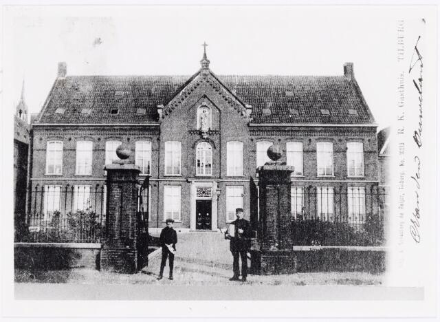 040062 - elisabethziekenhuis. Gezondheidszorg. Het R.K. Gasthuis aan de Gasthuisstraat, nu Gasthuisring, deed dienst tot 1929, toen het nieuwe St. Elisabethziekenhuis geopend werd.