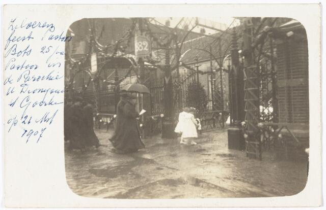 009746 - Viering van het zilveren priesterfeest van pastoor Bots in de parochie 't Goirke op 21 maart 1907.