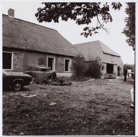 062682 - Horeca. Boerderij Denissen aan de Generaal Eisenhowerweg 1, thans in gebruik als party centrum; de boerderij is geheel van binnen verbouwd en  genoemd naar de oorspronkelijke eigenaar
