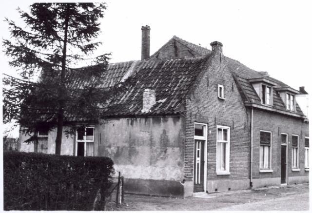 015712 - Panden Bokhamerstraat 9 (rechts) en 11 (links)