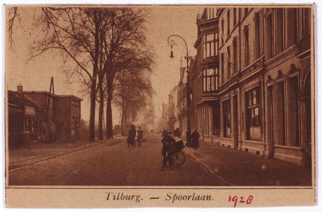 002166 - Spoorlaan richting Heuvel trer hoogte van de Langestraat.