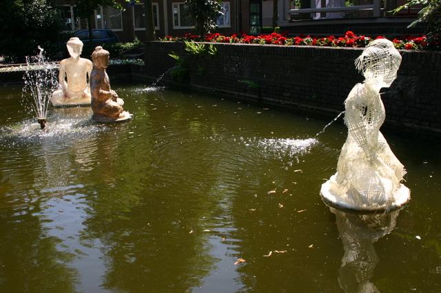 657176 - Kunst. De derde editie van de openluchtexpositie Oisterwijk Sculptuur langs De Lind in 2006.