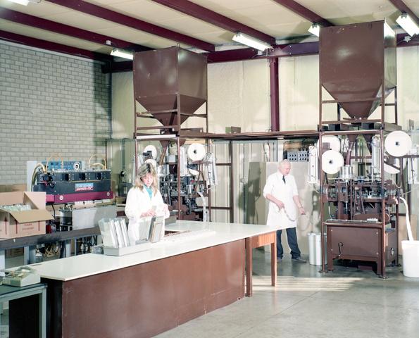 D-001930-2 - Autex BV koffieautomaten, Kraaivenstraat 13