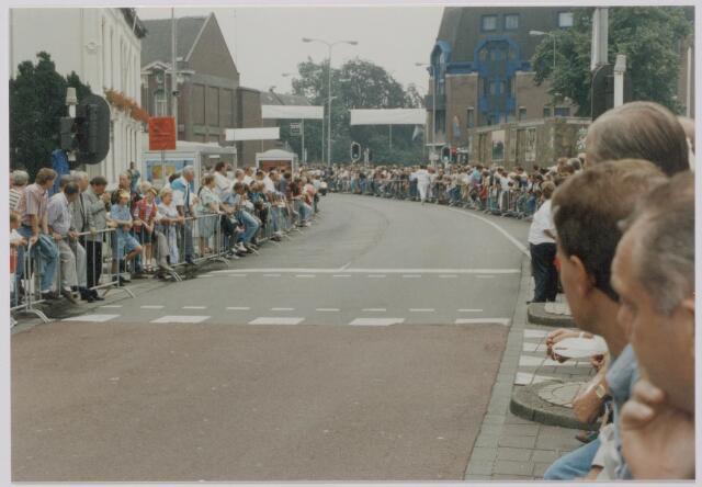 045138 - Wielrennen. Finish profronde Nederland.