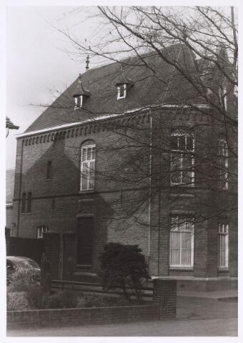 023814 - Achterzijde van de voormalige pastorie aan de Koestraat