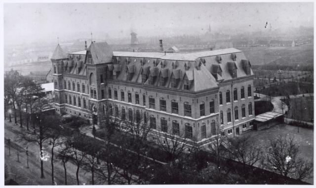 016320 - Kloosters Panorama. Missiehuis van de missionarissen van het H. Hart (Rooi Harten). (foto genomen vanaf de watertoren)